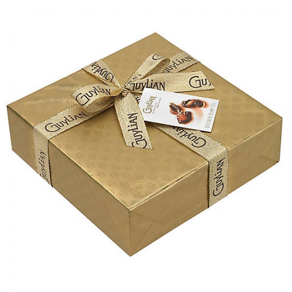 Guylian Gold Gift Wrapped Chocolate Seashells 500g
