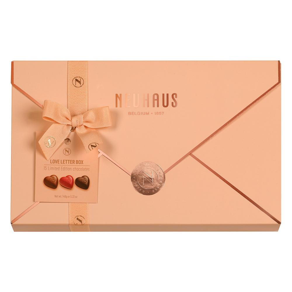 SUPER SATURDAY SALE  Neuhaus Love Letter Box 148g