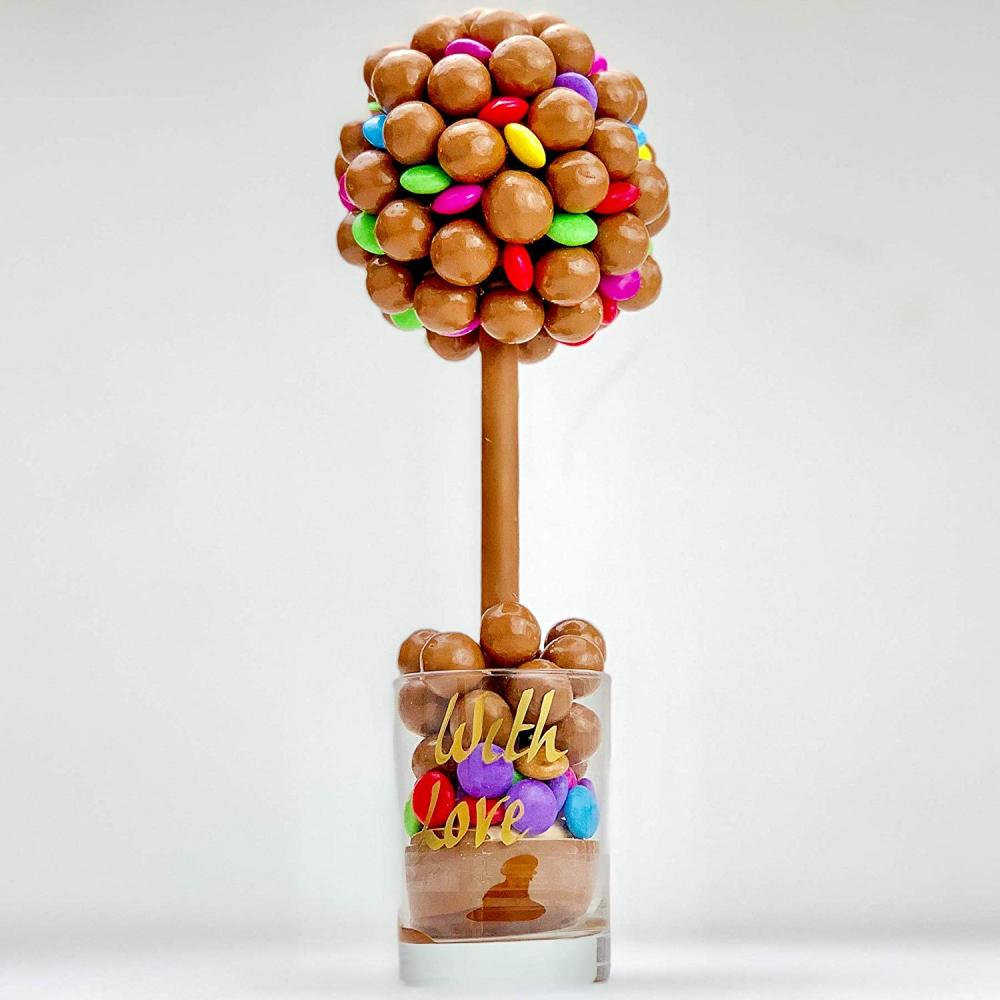 Sweet Trees Maltesers and Smarties Personalised Sweet Tree With Love 25 cm