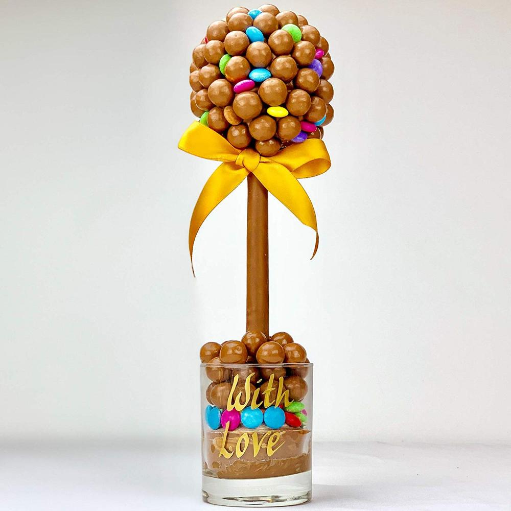 Sweet Trees Maltesers and Smarties Personalised Sweet Tree With Love 35 cm