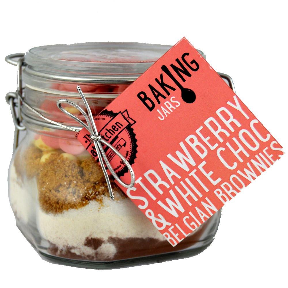 The Treat Kitchen Strawberry and White Chocolate Belgian Brownies Kit 430g
