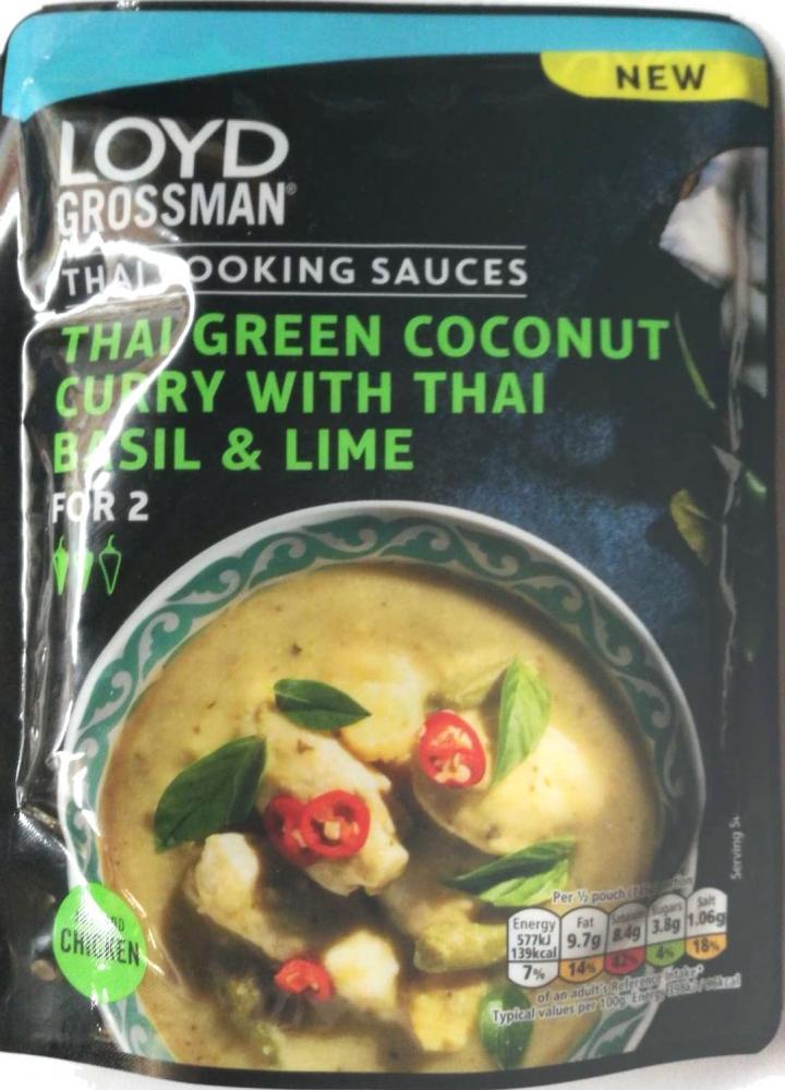 Loyd Grossman Thai Green Coconut Curry with Thai Basil and Lime 290g